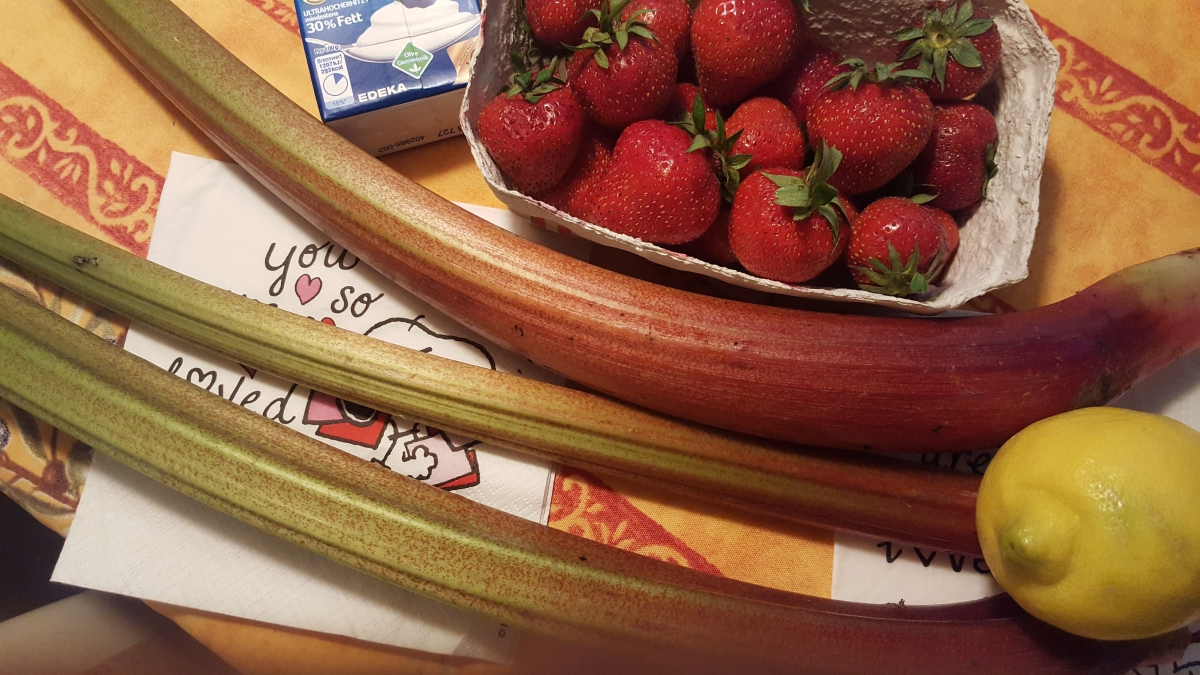 Strawberries ! Rhubarb! Scrumptious!