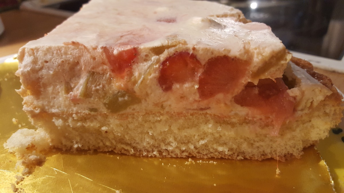 Strawberry-rhubarb delight